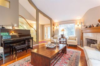 Photo 4: 3020 GRIFFIN Place in North Vancouver: Edgemont House for sale : MLS®# R2421592