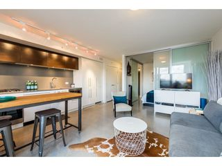 "Photo 3: 803 150 E CORDOVA Street in Vancouver: Downtown VE Condo for sale in ""InGastown"" (Vancouver East)  : MLS®# R2422698"