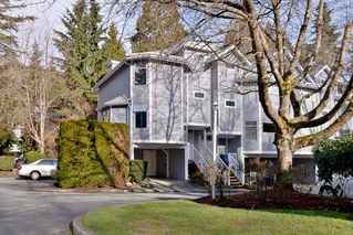 """Photo 2: 9265 BRAEMOOR Place in Burnaby: Forest Hills BN Townhouse for sale in """"MOUNTAIN GATE"""" (Burnaby North)  : MLS®# R2435025"""