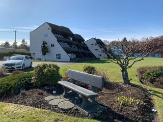 Photo 18: 201 2740 S Island Hwy in CAMPBELL RIVER: CR Willow Point Condo for sale (Campbell River)  : MLS®# 835527