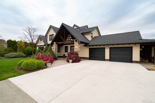 Photo 1: 5966 243 Street in Langley: Salmon River House for sale : MLS®# R2452315
