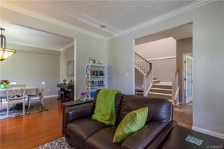 Photo 9: 200 Shadow Ridge Pl in View Royal: VR Hospital House for sale : MLS®# 840573