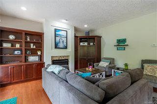 Photo 21: 200 Shadow Ridge Pl in View Royal: VR Hospital House for sale : MLS®# 840573