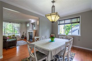 Photo 11: 200 Shadow Ridge Pl in View Royal: VR Hospital House for sale : MLS®# 840573