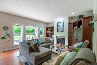 Photo 19: 200 Shadow Ridge Pl in View Royal: VR Hospital House for sale : MLS®# 840573