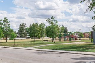 Photo 33: 114 105th Street West in Saskatoon: Sutherland Residential for sale : MLS®# SK822074