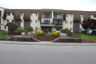 """Photo 1: 357 2821 TIMS Street in Abbotsford: Abbotsford West Condo for sale in """"PARKVIEW ESTATES"""" : MLS®# R2513444"""