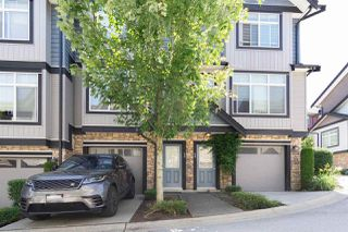 Photo 2: 59 6299 144 Street in Surrey: Sullivan Station Townhouse for sale : MLS®# R2526962