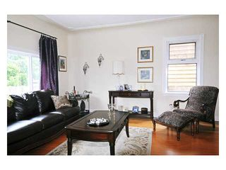 Photo 2: 21206 DEWDNEY TRUNK Road in Maple Ridge: Southwest Maple Ridge House for sale : MLS®# V833453