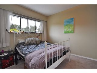 """Photo 8: 1530 HATTON Avenue in Burnaby: Simon Fraser Univer. House for sale in """"DUTHIE/SFU"""" (Burnaby North)  : MLS®# V851270"""
