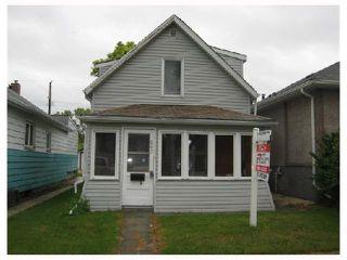 Photo 1: 225 KILBRIDE Avenue in WINNIPEG: West Kildonan / Garden City Residential for sale (North West Winnipeg)  : MLS®# 2810090