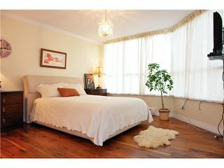 """Photo 6: 201 717 JERVIS Street in Vancouver: West End VW Condo for sale in """"EMERALD WEST"""" (Vancouver West)  : MLS®# V864360"""