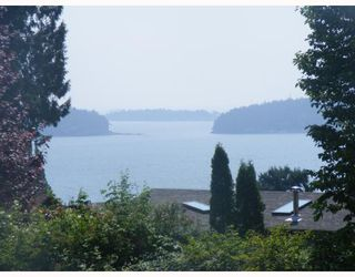 Photo 8: 1024 GRANDVIEW Road in Gibsons: Gibsons & Area House for sale (Sunshine Coast)  : MLS®# V720388