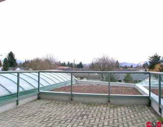 "Photo 7: 202 33065 MILL LAKE RD in Abbotsford: Central Abbotsford Condo for sale in ""SUMMIT POINT"" : MLS®# F2518893"