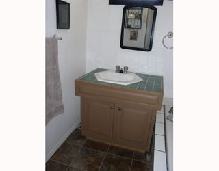 """Photo 7: 18 21698 LOUGHEED Highway in Maple_Ridge: West Central Manufactured Home for sale in """"S"""" (Maple Ridge)  : MLS®# V750336"""