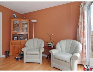 Photo 6: 5352 198A Street in Langley: Langley City House 1/2 Duplex for sale : MLS®# F2906107