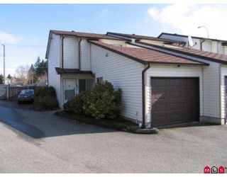 "Photo 1: 101 15529 87A Avenue in Surrey: Fleetwood Tynehead Townhouse for sale in ""EVERGREEN ESTATES"" : MLS®# F2906932"