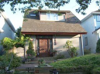 "Photo 2: 3860 W 21ST Avenue in Vancouver: Dunbar House for sale in ""DUNBAR"" (Vancouver West)  : MLS®# V779072"