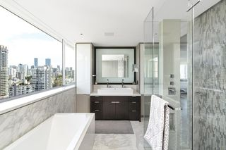 """Photo 15: 1904 1835 MORTON Avenue in Vancouver: West End VW Condo for sale in """"OCEAN TOWERS"""" (Vancouver West)  : MLS®# R2395421"""