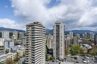 """Photo 19: 1904 1835 MORTON Avenue in Vancouver: West End VW Condo for sale in """"OCEAN TOWERS"""" (Vancouver West)  : MLS®# R2395421"""