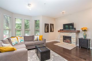 Photo 4: 309 E 15TH STREET in North Vancouver: Central Lonsdale Townhouse for sale : MLS®# R2413029