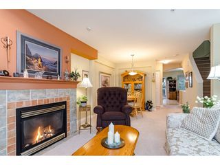 "Photo 4: 55 6450 199 Street in Langley: Willoughby Heights Townhouse for sale in ""Logan's Landing"" : MLS®# R2422982"