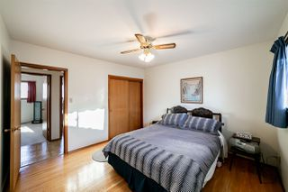 Photo 11: 15715 89A Avenue in Edmonton: Zone 22 House for sale : MLS®# E4186419