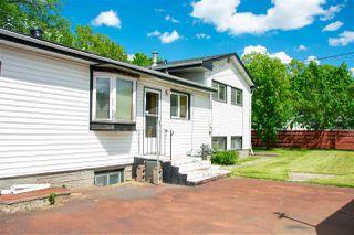 Photo 4: 4009 112 Avenue in Edmonton: Zone 23 House for sale : MLS®# E4200854