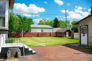 Photo 3: 4009 112 Avenue in Edmonton: Zone 23 House for sale : MLS®# E4200854