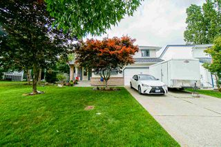 Main Photo: 15981 80A Avenue in Surrey: Fleetwood Tynehead House for sale : MLS®# R2474243