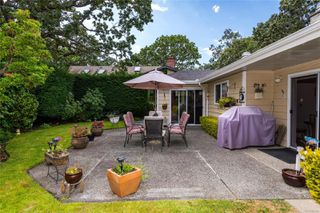 Photo 17: 1143 Nicholson St in : SE Lake Hill House for sale (Saanich East)  : MLS®# 850708