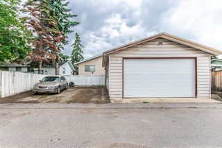 Photo 8: 3005 DOVERBROOK Road SE in Calgary: Dover Detached for sale : MLS®# A1020927