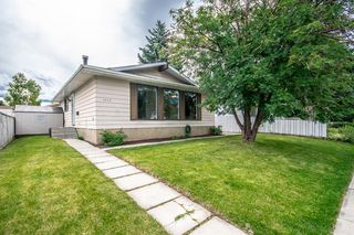 Main Photo: 3005 DOVERBROOK Road SE in Calgary: Dover Detached for sale : MLS®# A1020927