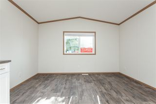 """Photo 4: 34 20071 24 Avenue in Langley: Brookswood Langley Manufactured Home for sale in """"Fernridge Park"""" : MLS®# R2484697"""