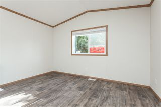 """Photo 5: 34 20071 24 Avenue in Langley: Brookswood Langley Manufactured Home for sale in """"Fernridge Park"""" : MLS®# R2484697"""