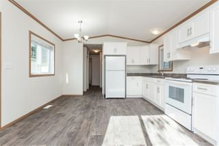 """Photo 8: 34 20071 24 Avenue in Langley: Brookswood Langley Manufactured Home for sale in """"Fernridge Park"""" : MLS®# R2484697"""