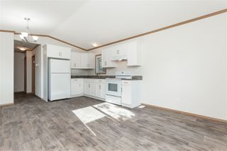 """Photo 6: 34 20071 24 Avenue in Langley: Brookswood Langley Manufactured Home for sale in """"Fernridge Park"""" : MLS®# R2484697"""