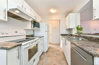 Photo 5: 403 894 Vernon Ave in : SE Swan Lake Condo for sale (Saanich East)  : MLS®# 857817