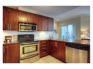 Photo 2: 200 3880 CHATHAM Street in Richmond: Steveston Villlage Condo for sale : MLS®# V820501