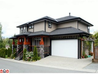 """Photo 3: 20756 GRADE Crescent in Langley: Langley City House for sale in """"MOSSEY ESTATES"""" : MLS®# F1012468"""