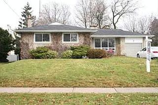 Photo 1: 7 GALSWORTHY DR: Freehold for sale : MLS®# N1039241