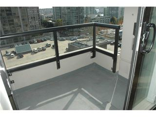 "Photo 6: 1207 977 MAINLAND Street in Vancouver: Downtown VW Condo for sale in ""YALETOWN PARK 3"" (Vancouver West)  : MLS®# V855676"