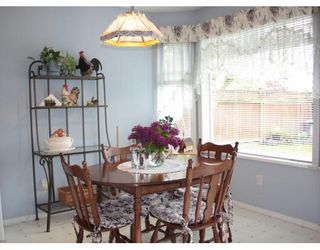 """Photo 5: 5017 CRESCENT Place in Ladner: Holly House for sale in """"CRESCENT ESTATES"""" : MLS®# V767445"""