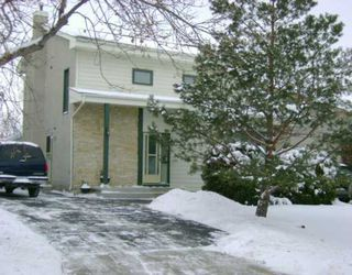 Photo 1: 166 ALBURG Drive in WINNIPEG: St Vital Single Family Detached for sale (South East Winnipeg)  : MLS®# 2619671