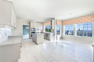 Photo 5: 2252 LECLAIR Drive in Coquitlam: Coquitlam East House for sale : MLS®# R2416147