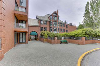 "Photo 2: 607 1350 VIEW Crescent in Delta: Beach Grove Condo for sale in ""THE CLASSIC"" (Tsawwassen)  : MLS®# R2429429"
