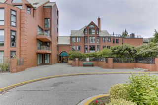 "Photo 1: 607 1350 VIEW Crescent in Delta: Beach Grove Condo for sale in ""THE CLASSIC"" (Tsawwassen)  : MLS®# R2429429"