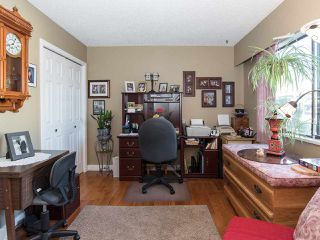 "Photo 11: 74 32959 GEORGE FERGUSON Way in Abbotsford: Central Abbotsford Townhouse for sale in ""Oakhurst"" : MLS®# R2431213"
