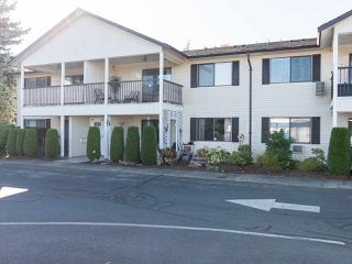 "Photo 2: 74 32959 GEORGE FERGUSON Way in Abbotsford: Central Abbotsford Townhouse for sale in ""Oakhurst"" : MLS®# R2431213"