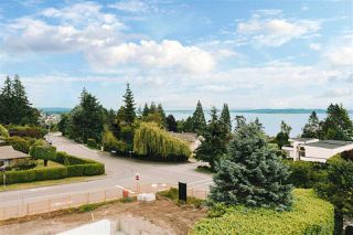 "Photo 3: 13975 MARINE Drive: White Rock House for sale in ""MARINE DRIVE WEST"" (South Surrey White Rock)  : MLS®# R2468970"